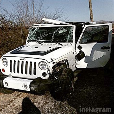crashed white jeep wrangler photos maci bookout and bentley in car crash