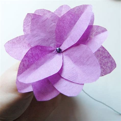 How To Make Flowers Out Of Tissue Paper - the craftinomicon more tissue paper flowers