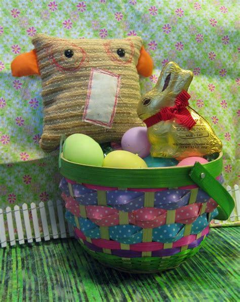 Handmade Easter Basket Ideas - personalized handmade easter gift basket for