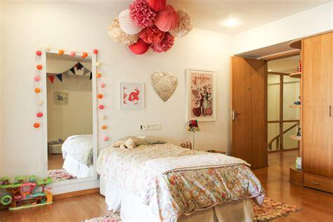 living with a pomeranian s room with pom poms chuzai living