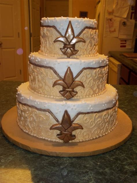 wedding cake new orleans inspired fleur de lis - Wedding Cakes In New Orleans