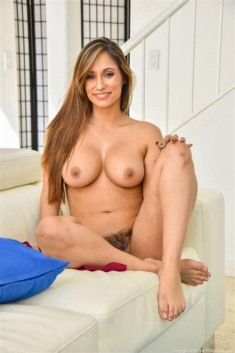reena sheer dress ftv milfs   curvy erotic