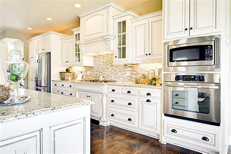 kitchen backsplash with white cabinets kitchen backsplash ideas with white cabinets wood