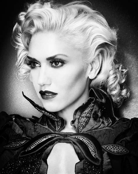 Just A Girl: Gwen Stefani, Fashionista Fatale! | Delancey