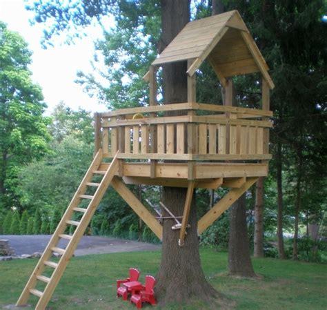 Ein Baumhaus für Kinder im Garten bauen   Nützliche Tipps