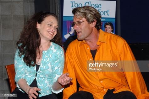 cast of two close for comfort quot too close for comfort quot dvd launch cast reunion getty