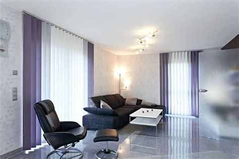 Gardinen Im Wohnzimmer by Sichtschutz Im Wohnzimmer Moderne Plissees Gardinen Und