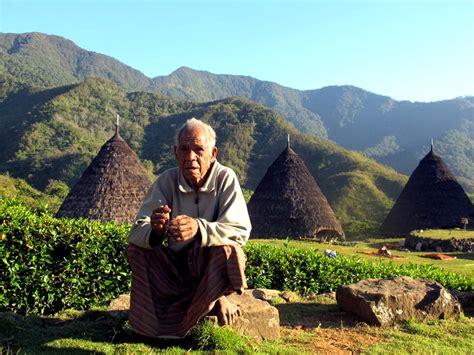 film pendek manggarai flores tips mengunjungi wae rebo oleh diella dachlan