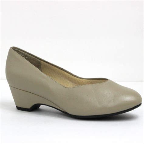 i love my comfort shoes i love comfort i comfort
