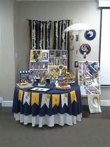 Grad Decorations by Best 25 Graduation Table Decorations Ideas On