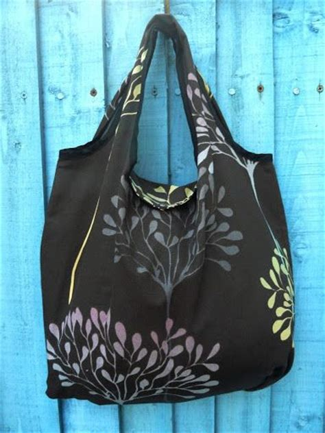 pattern for fold up tote bag diy foldable shopping bag sewing quilting pinterest