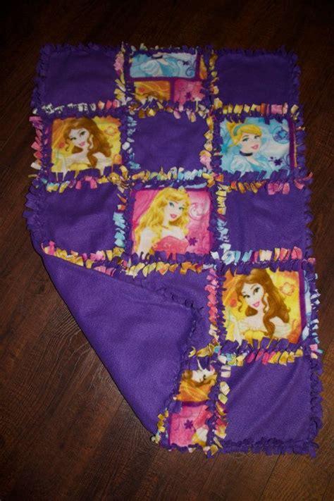 Fleece Quilts by Best 25 No Sew Fleece Blanket Ideas On No Sew