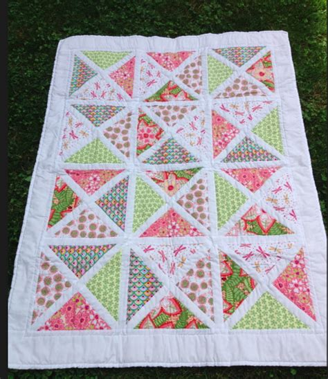 pattern for triangle baby quilt baby charm square quarter square triangle quilt sewing