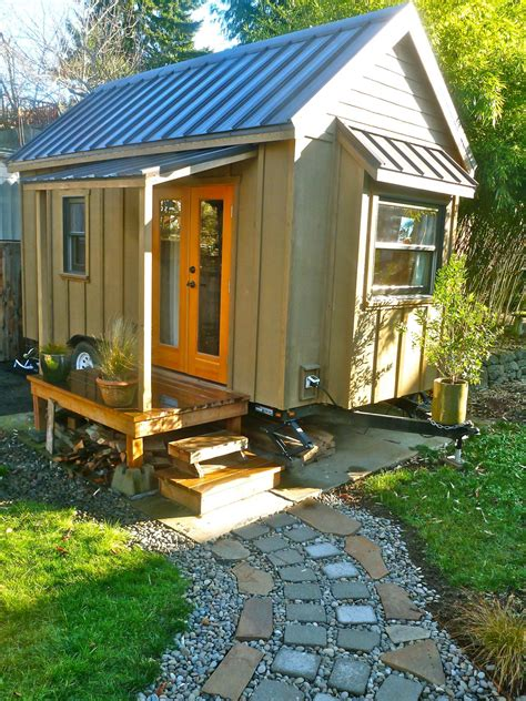 tiny houses hgtv small and smaller extreme living hgtv