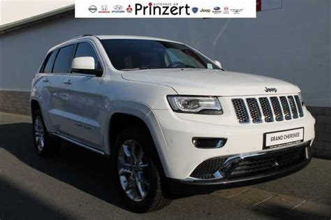 white jeep suv jeep suv bright white