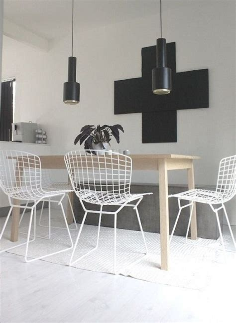 wire dining room chairs http www replicafurniture au replica harry bertoia wire side chair powdercoated frame html