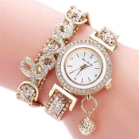 Jam Tangan Favorite Quartz bayar di tempat jam tangan fashion quartz gelang