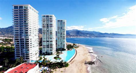 condo peninsula vallarta real estate in vallarta