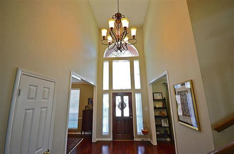 Lowes Foyer Lighting by Expert Advice For Foyer Lighting Lowes Stabbedinback Foyer