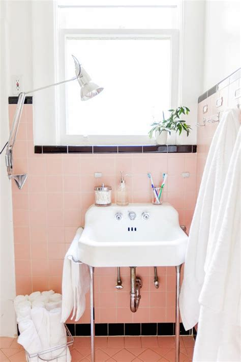 retro pink bathroom ideas best 25 pink bathroom vintage ideas on pinterest pink