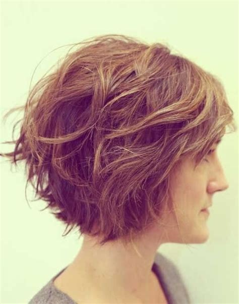 feminine short haircuts  wavy hair styles weekly