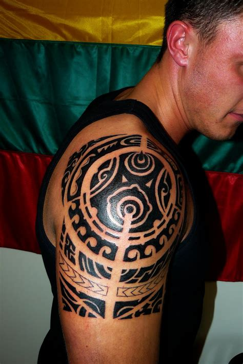 tribal shoulder tattoos for guys hawaiian tattoos designs ideas and meaning tattoos for you