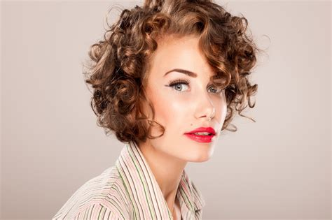 short hair styles for naturally curly hair for women over 60 2018 curly short haircuts short and cuts hairstyles
