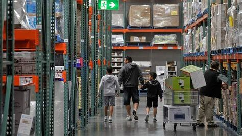 Costco Gift Card Australia - costco bulks up to take sales from coles and woolies