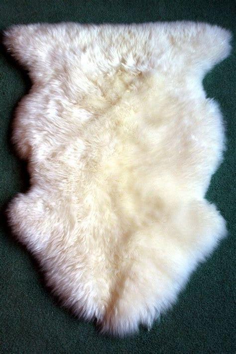 25 best ideas about white sheepskin rug on