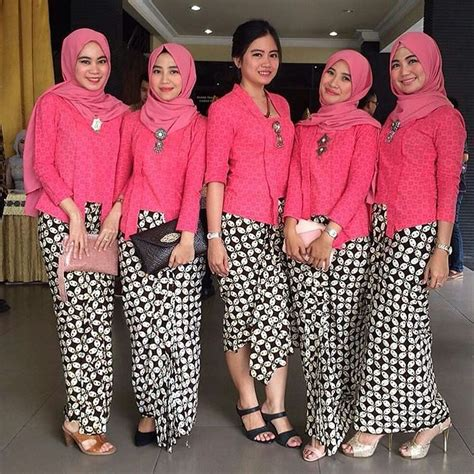 Gaya Baju 158 best kebaya images on kebaya brokat batik fashion and kebaya