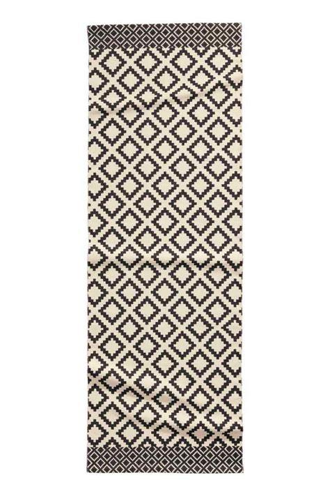Couleur Peinture Entrée Couloir by Tapis Couloir Noir Et Blanc Stunning Tapis De