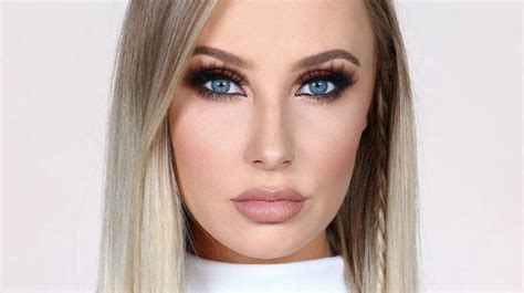 2017 Fashion Color Trends by 12 Makeup Tutorials For Blue Eyes