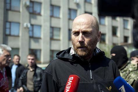 Bebas Dari Konflik Paul Tomlinson milisi pro rusia bebaskan pengamat internasional wsj