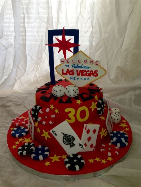 vegas themed cake decorations 17 best images about las vegas cakes on