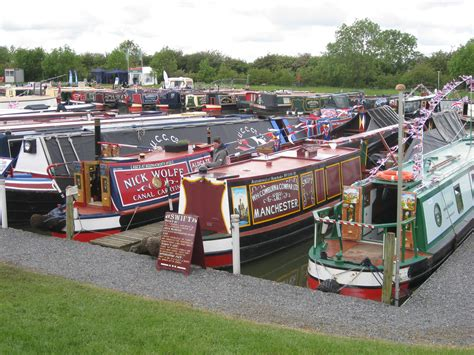crick boat show mooring zones could you cope with living on a narrowboat boats and