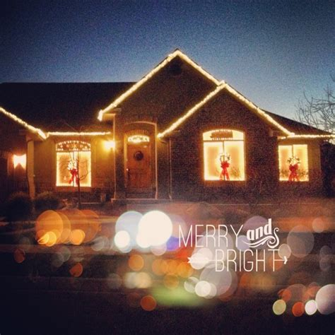christmas lights around windows christmas decorating