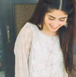 sajal ali selfies sakicelebs current events