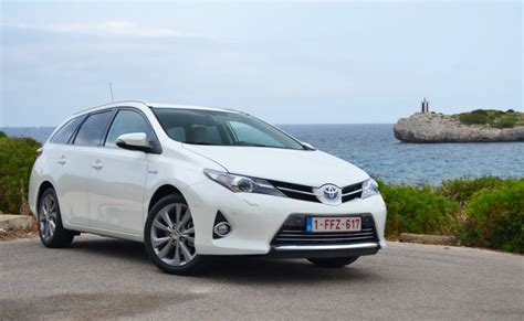 Toyota Auris Hybrid Sport Toyota Auris Hybrid Wagon Are You Missing Out On Europe S
