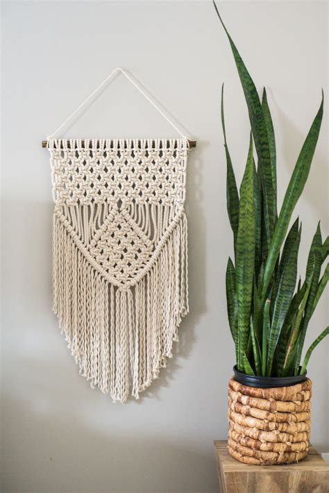 Learn Macrame - learn three basic macrame knots to create your wall hanging