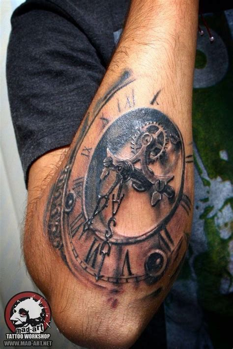 compass gang tattoo 105 best images about tatoo on pinterest flag tattoos