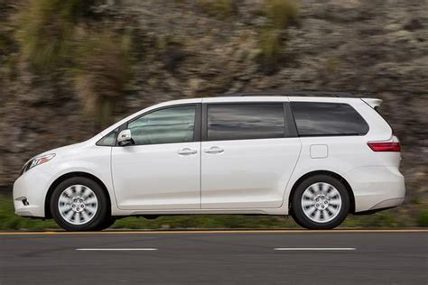 which car is better toyota or nissan 2015 toyota vs 2015 nissan quest which is better