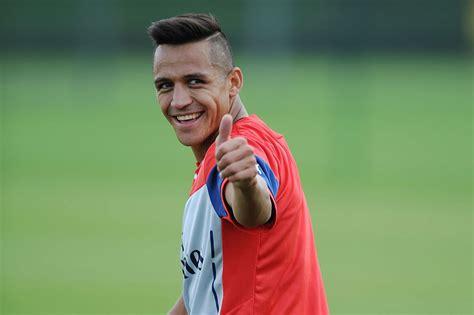 alexis sanchez soccer alexis sanchez looks in good spirits as he prepares for