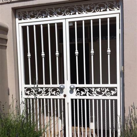 aluminum double door gate  rs  square feet taltala