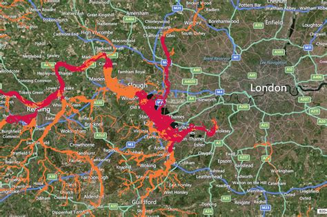 thames barrier flood map river thames levels threaten floods in south east england