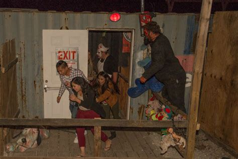 haunted house houston photos fans get spooked at phobia haunted house abc13 com