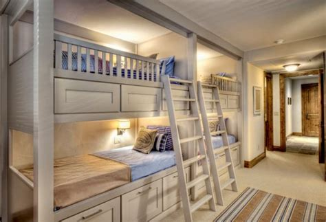 bunk room ideas 22 bunk beds for four a space saving solution for shared