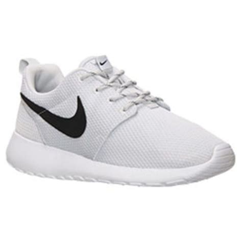 Sepatu Sport Nike Roshe Run Slip On Casual Running Keren 17 best images about middle school shoes on shoes shoes and grey shoes