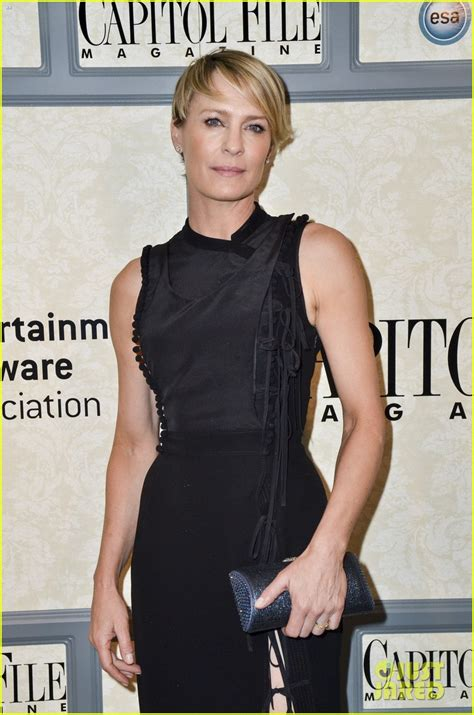 robin wright house of cards house of cards robin images