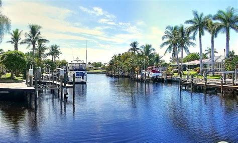 tiki hut vacations on the water virtual tour