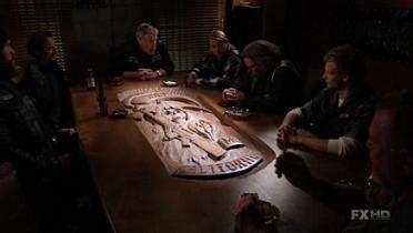 Sons Of Anarchy Meeting Table An Open Letter To Samcro The Pylon